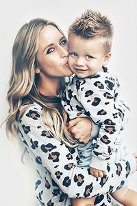 Mother Daughter Matching outfits-Mum-And-Son-Matching-Leopard-Print-Outfit