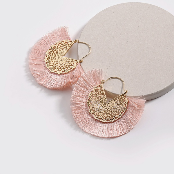 Fashionable Tasseled Hollow out Sector Earrings