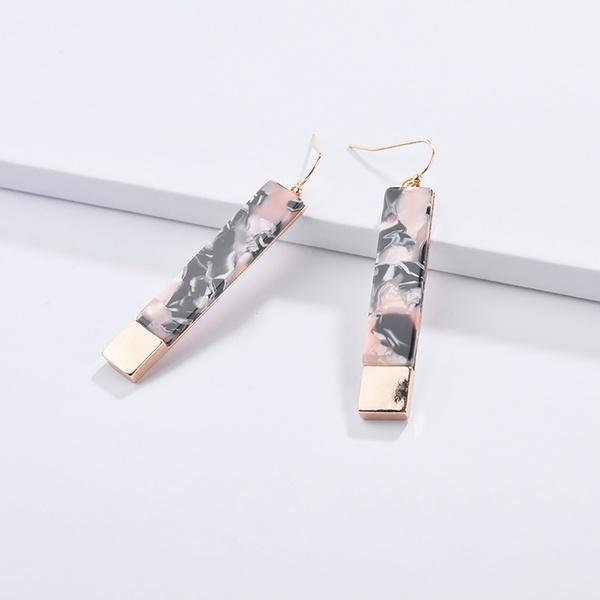 Fashionable Geo Design Hook Earrings