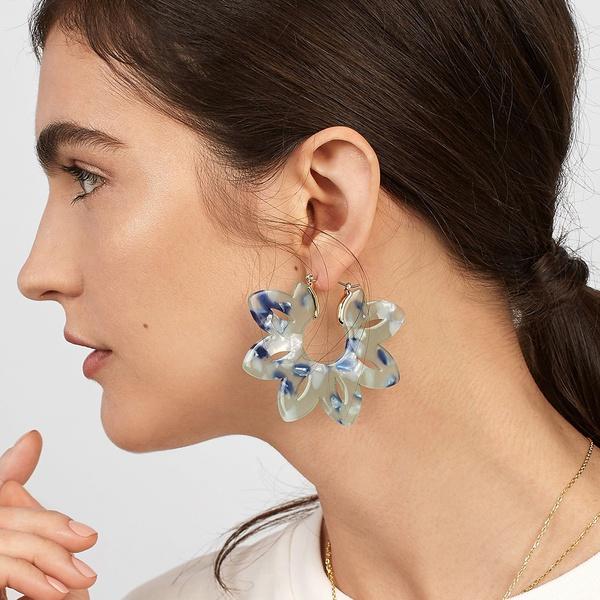 Elegant Petal Design Hollow out Earrings