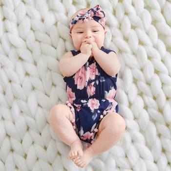 Pretty Floral Pattern Bodysuit and Headband Set for Baby Girl