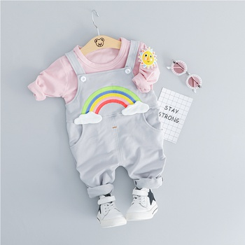 2-piece Lovely Sun Applique Top and Rainbow Applique Overalls Set(No Hat)