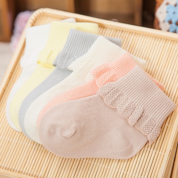 Baby Girl Solid Ruffled Cotton Socks