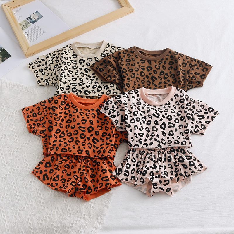 c0fe4b2a1cf0 Toddler Baby / Toddler Leopard Print Top and Shorts Set at PatPat.com