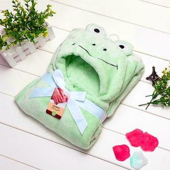 Lovely Frog Modeling 3D Design Plush Hooded Blanket