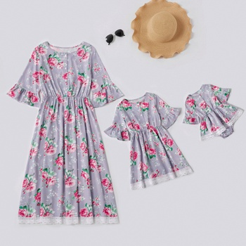 Mommy and Me Floral Print Stitching Lace Hem Mid-sleeve Dresses