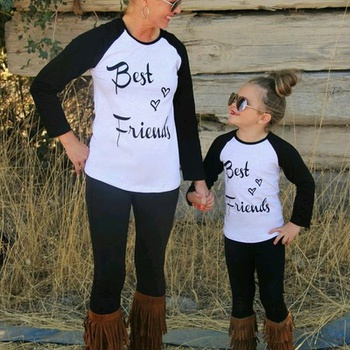 Contrast Mommy and Me Long sleeves T-shirts 2e4913dc01f6