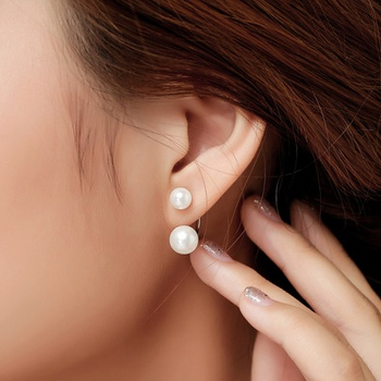 1-pair Pretty Pearl Decor Earrings for Women