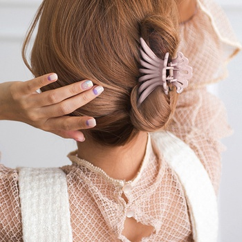 Elegant Solid Big Hair Claws Acrylic Hair Clips Women Girls Hair Accessories
