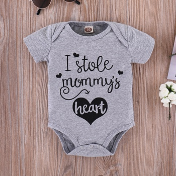"Casual ""I stole mommy's heart"" Print Bodysuit in Grey for Baby"