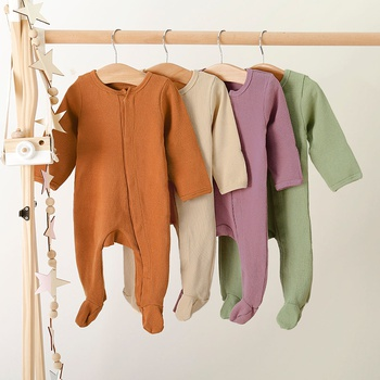 Baby Boy / Girl Solid Footed Long-sleeve Jumpsuit