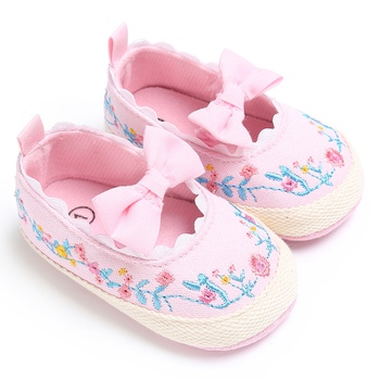Baby / Toddler Girl Pretty Floral Embroidery Bowknot Prewalker Shoes
