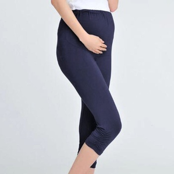 Casual Solid Maternity Cropped Leggings