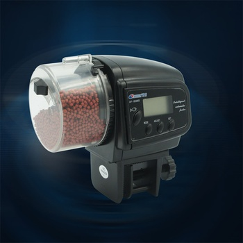 Automatic fish feeder for fish tank