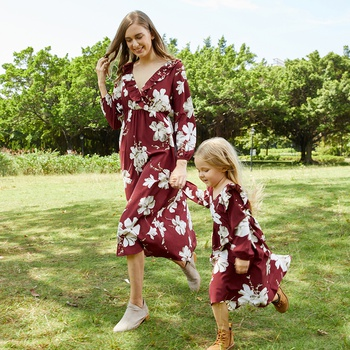 Mommy and Me Floral Print Flounce V-neck Dresses