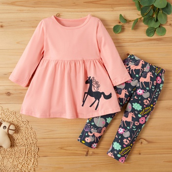 2-piece Baby / Toddler Girl Adorable Unicorn Print Top and Three-quarter Pants Set