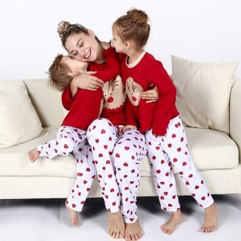 2-piece Cute Reindeer Long Sleeve Pajamas Set in Red for mom and Me