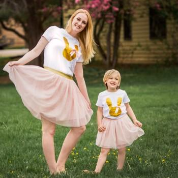 Easter Glitter Bunny Short-sleeve Tee and Tutu Skirt Set for Mom and Me