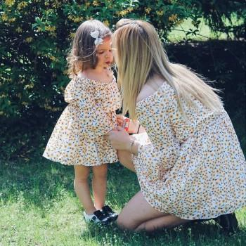 Lovely Tiny Flower Printed Off-shoulder Matching Dress in Yellow for Mom and Me