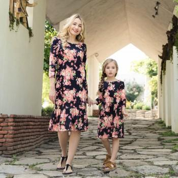 Pretty Long Sleeves Frill Hem Floral Dress for Mom and Me
