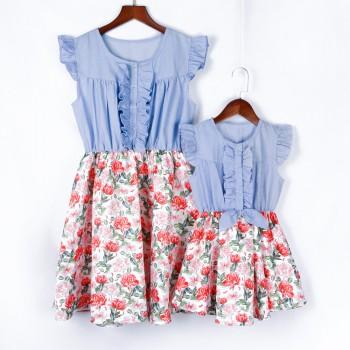 Sweet Floral Ruffle-sleeve Matching Dress for Mom and Me