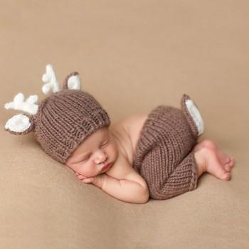 Super Cute Deer Design Knitted Baby Photography Prop Hat and Pants Set