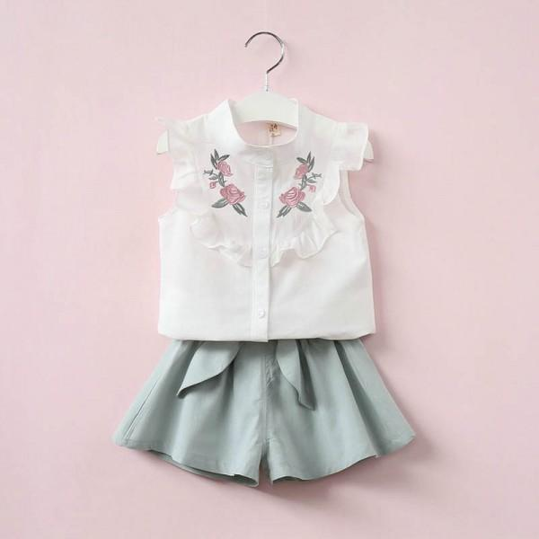 2-piece Trendy Floral Embroidery Ruffled Top and Shorts for Girls