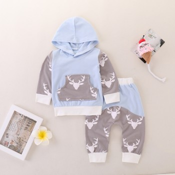 2-piece Comfy Deer Print Hooded Top and Pants Set for Baby