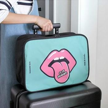 Pretty Lip and Letter Print Storage Bag Travelling Bag