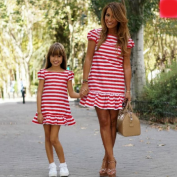 Charming Short Sleeve Striped Dress for Mom and Me