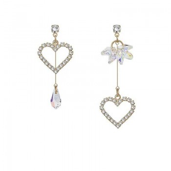 Chic Heart Asymmetric Design Earrings