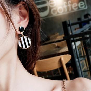 1-pair Black and White Stripes Hoop Earrings