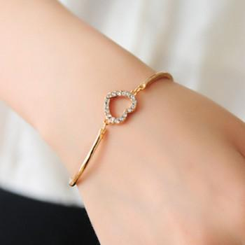 Elegant Heart Shaped Rhinestone Bracelet