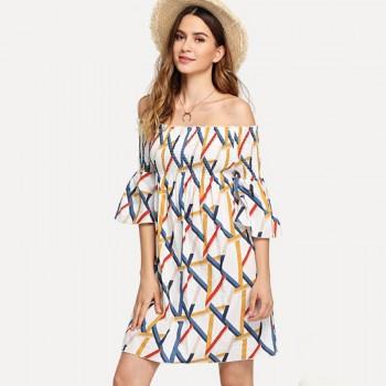 Pretty Geo Print Flare-sleeve Dress