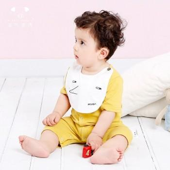 Lovely Short-sleeve Romper with Cute Bibs for Babies
